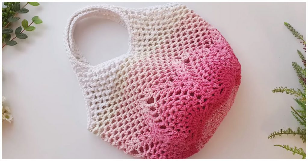 Here you will learn how to crochet this sweet and adorable Crochet Market Bag to hold your essentials. This market bag is an Eco-friendly alternative to plastic bags.